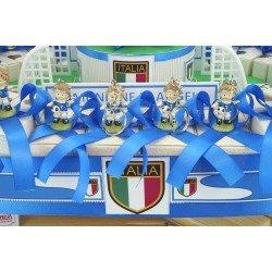 Stadio con giocatori bomboniere dell'Italia