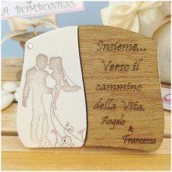 Bomboniere Artigianali made in Italy targa sposini personalizzata