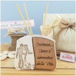 Bomboniere Rustiche per Matrimonio profumatore personalizzate con sposini