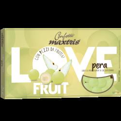 Confetti alla frutta con pezzettino di pera